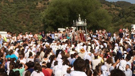 Lora del Rio, إسبانيا: Romería de Nuestra Señora de Setefilla Patrona de Lora del Rio, celebrada el 08 de Septiembre de