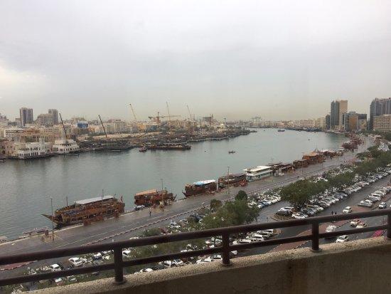 Radisson Blu Hotel, Dubai Deira Creek : View from my room (get a creek view!)