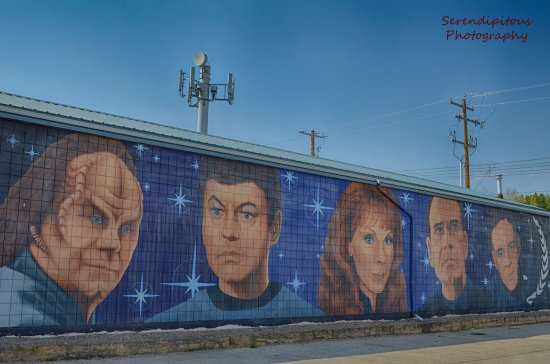 Vulcan, Canadá: Star Trek mural, up the Center Street from the visitor center