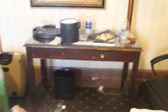 Estado de los muebles golpes faltan tiradores cuarto de - Tiradores muebles bano ...