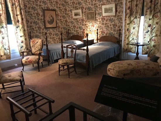 ‪‪Hyde Park‬, نيويورك: Chintz Room - Apparently the queen slept here‬