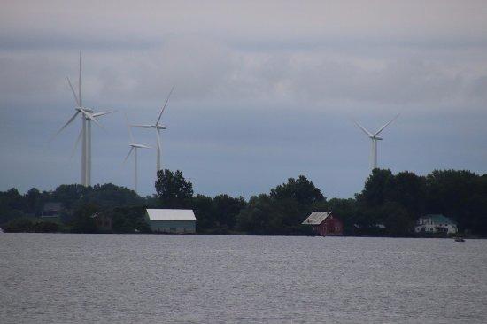 Turbines on Wolfe Island