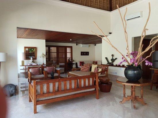 Karma Jimbaran: Sitting areas