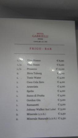 Hotel Gabrielli: Tarif des boissons du Mini-bar