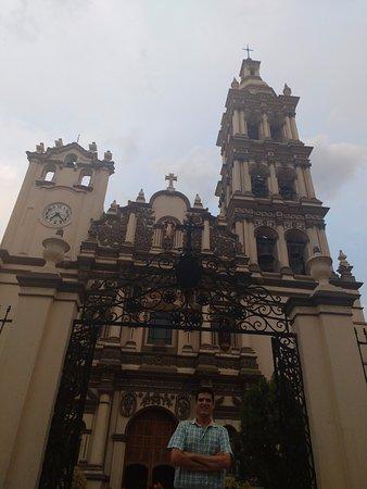 Catedral Metropolitana de Nuestra Senora de Monterrey: De visita.