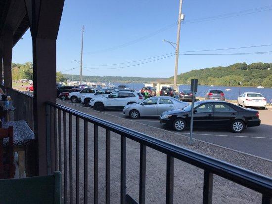 Charlie's Restaurant & Pub: photo5.jpg