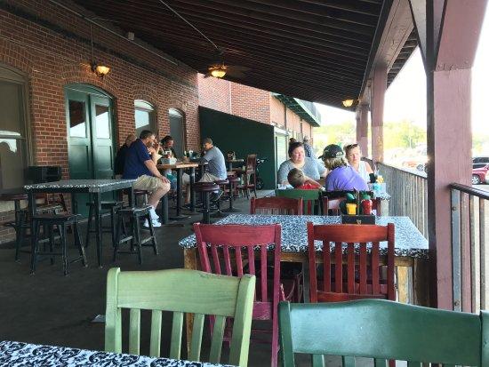 Charlie's Restaurant & Pub: photo6.jpg