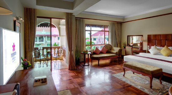Sokha Angkor Resort: Club Suite