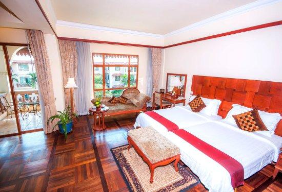 Sokha Angkor Resort: Club Suite - Twin Beds