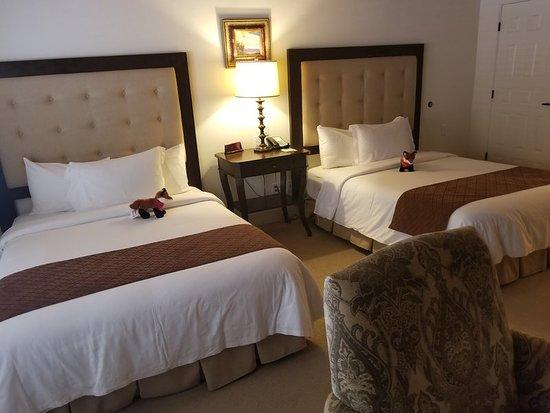 La Casa del Zorro Resort & Spa : ADA Dlx 2 Queens at La Casa del Zorro