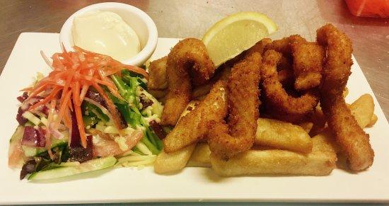Singleton, Австралия: $10 Salt & Chilli Squid 😍