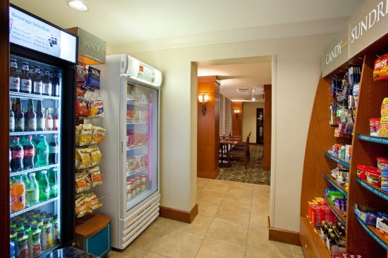 Mayfield Heights, OH: Staybridge Pantry