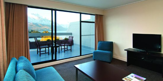 Copthorne Hotel & Apartments Queenstown Lakeview: Apartment Lounge