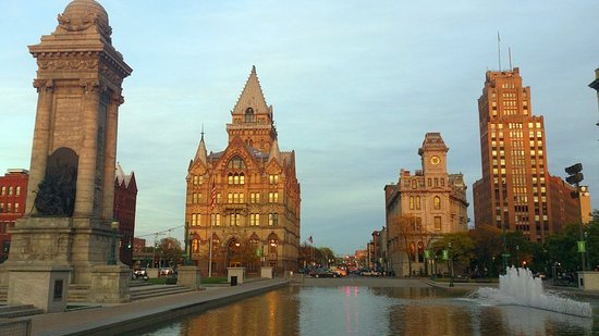 Holiday Inn Express Hotel & Suites Dewitt (Syracuse): Downtown Syracuse minutes away