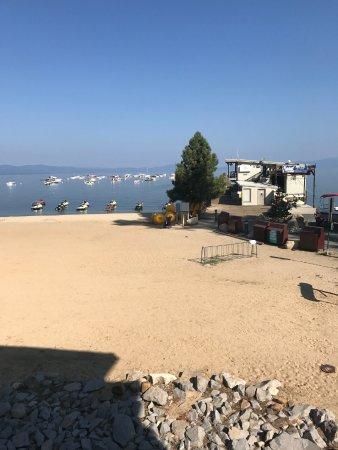 Beach Retreat Lodge At Tahoe Warm Sunny Day