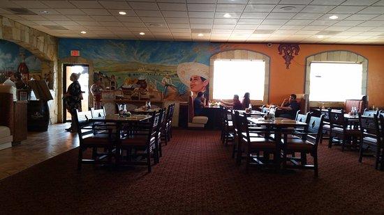 Hermiston, OR: Beautiful Dining Room