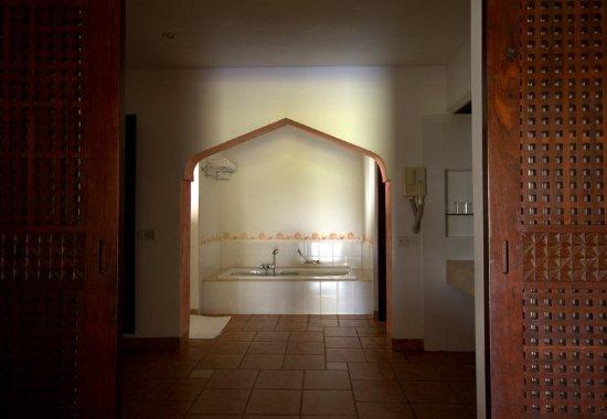 Kutani, Tanzania: Guest Bathroom