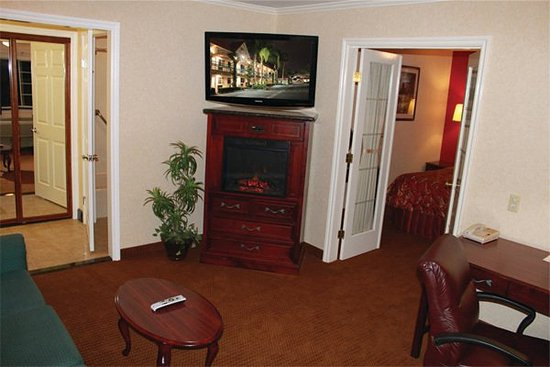 Redlands, CA: Presidential Suite