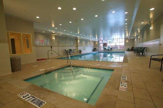 hilton garden inn nashvillevanderbilt pool - Hilton Garden Inn Vanderbilt