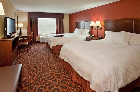Hampton Inn & Suites by Hilton Aberdeen: Standard Queen