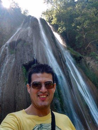 Cascada Cola de Caballo : Bella cascada.