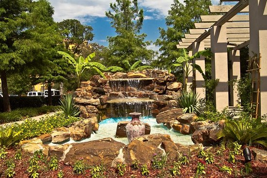 Irving, TX: Fountain on Patio