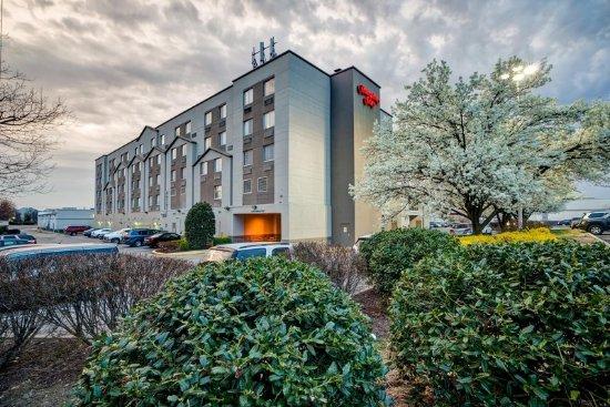 Hampton Inn Baltimore / Glen Burnie: Hotel Exterior