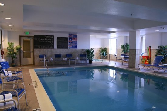 Lathrop, Califórnia: Indoor Pool and Whirlpool