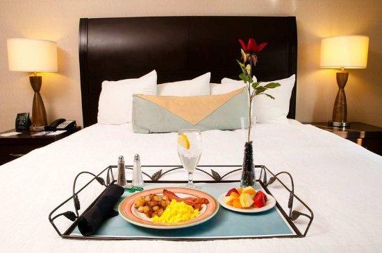 Hilton Garden Inn Denver Tech Center: In Room Dining