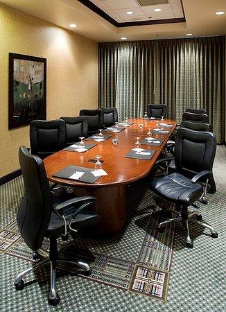 Duncanville, TX: Boardroom