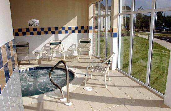 Hilton Garden Inn Kennett Square: Whirlpool