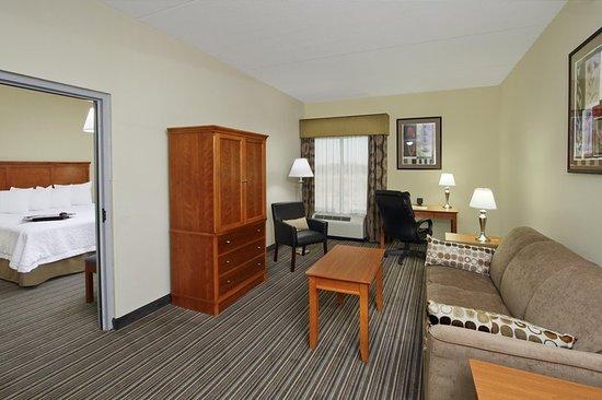 Austinburg, OH: View of Suite