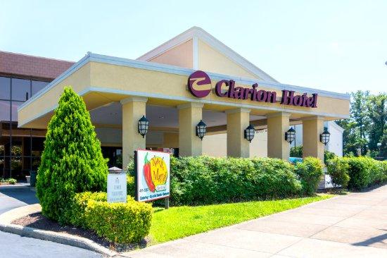 Clarion Hotel Richmond Central: Exterior
