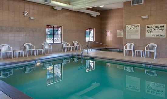 Hampton Inn & Suites Astoria: Pool