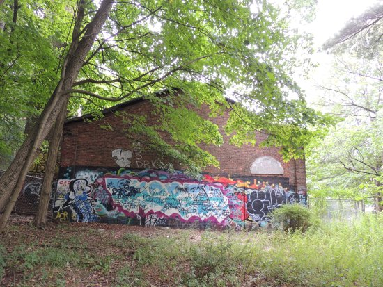 South Mountain Reservation: Abandoned Building