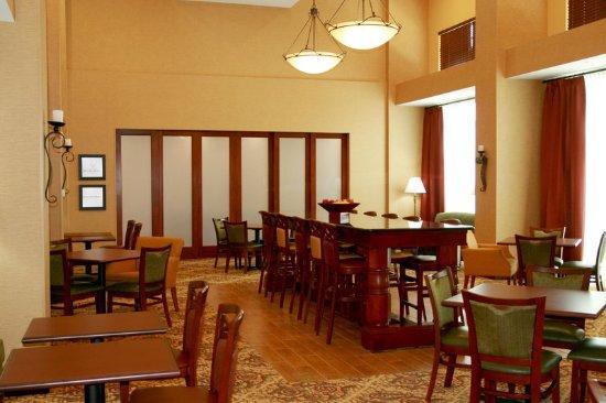 Port Richey, FL: Dining Area