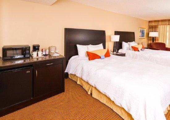 Hilton Garden Inn St. Augustine Beach: Accessible Queens
