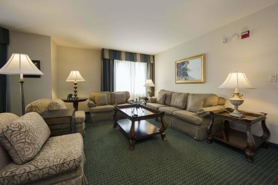 Athens, GA: Presidential Suite