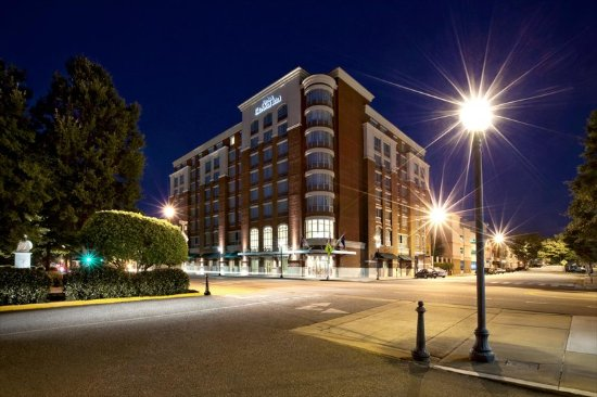 Welcome to the Hilton Garden Inn Athens Downtown!
