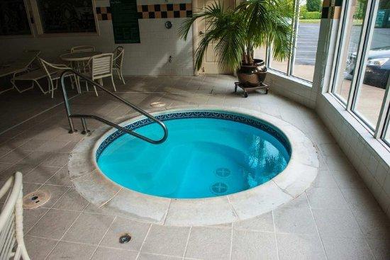 Indoor whirlpool  Indoor whirlpool - Picture of Hilton Garden Inn Portland Airport ...