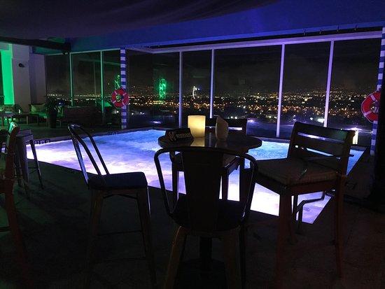 8ctavo Rooftop Restaurant & Lounge : photo0.jpg