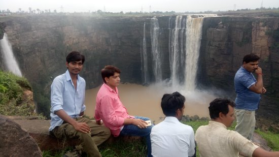 Bahuti Falls: Lovely place to visit