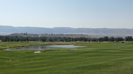 Three Crowns Golf Club: another view