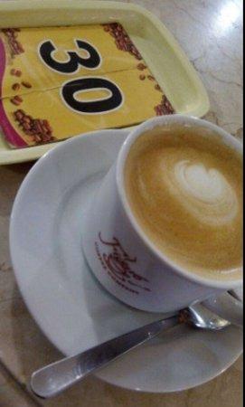 Figaro Coffee: cappuccino