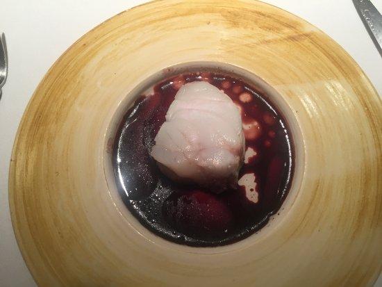 Cocentaina, España: Wunderbarer Seeteufel und Maiskörner mit mexikanischem Trüffel