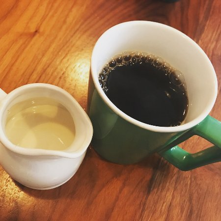 Scarlett Begonia: Coffee & Cream