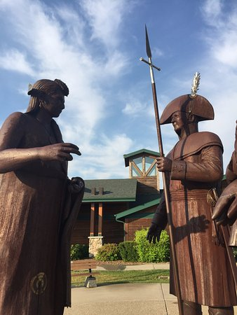 Washburn, ND: Lewis & Clark Statues