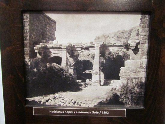 Suna İnan Kıraç Kaleiçi Müzesi - Antalya - Suna İnan Kıraç ...