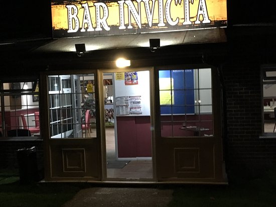 Bar Invicta Stripes Club