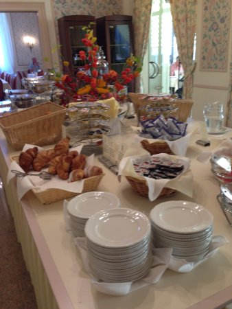 Continental Parkhotel: Breakfast buffet (part of)